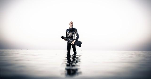 Die Mares Freediver präsentieren die neue Freediving Kollektion auf der Boot 2016